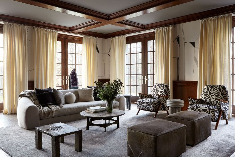 Sara Story Designs A Luxury Home That Balances Sophistication and Art