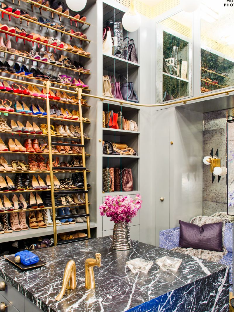 Walk-In Closets Of Your Dreams: Intimate and Elegant Spaces For You walk-in closets Walk-In Closets Of Your Dreams: Intimate and Elegant Spaces For You Walk In Closets Of Your Dreams Intimate and Elegant Spaces For You 2