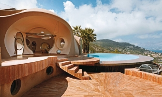 expensive homes Top 10 Expensive Homes: Architectural Wonders Located Around The Globe feature image 91 335x201