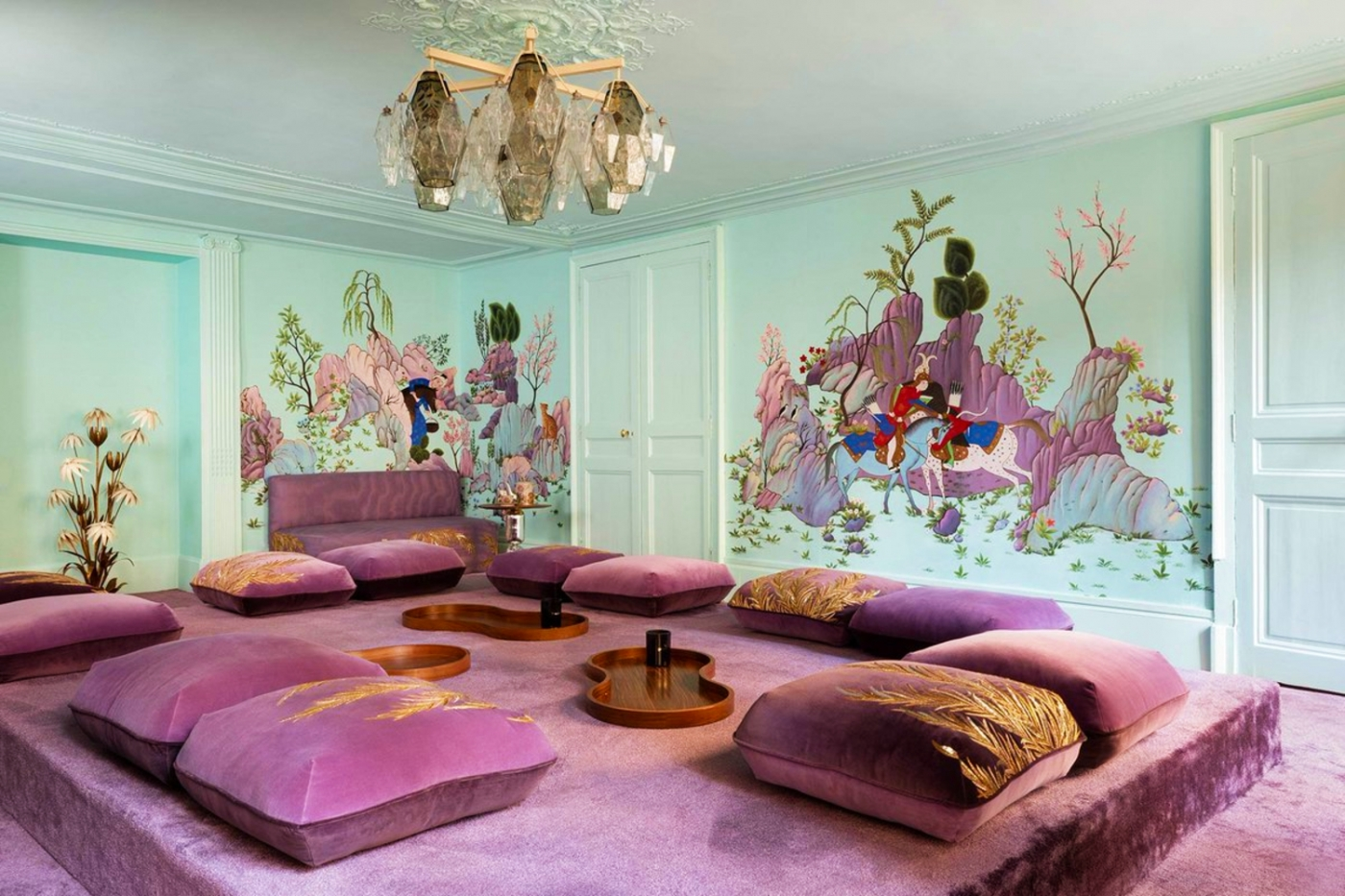 india mahdavi India Mahdavi and De Gournay's Collaboration Inspired By Persian Art feature image 2020 10 23T155319