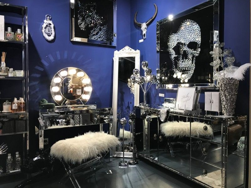 Where To Shop - The Best Luxury Showrooms In Basel luxury showrooms Where To Shop – The Best Luxury Showrooms In Basel Where To Shop The Best Luxury Showrooms In Basel 2