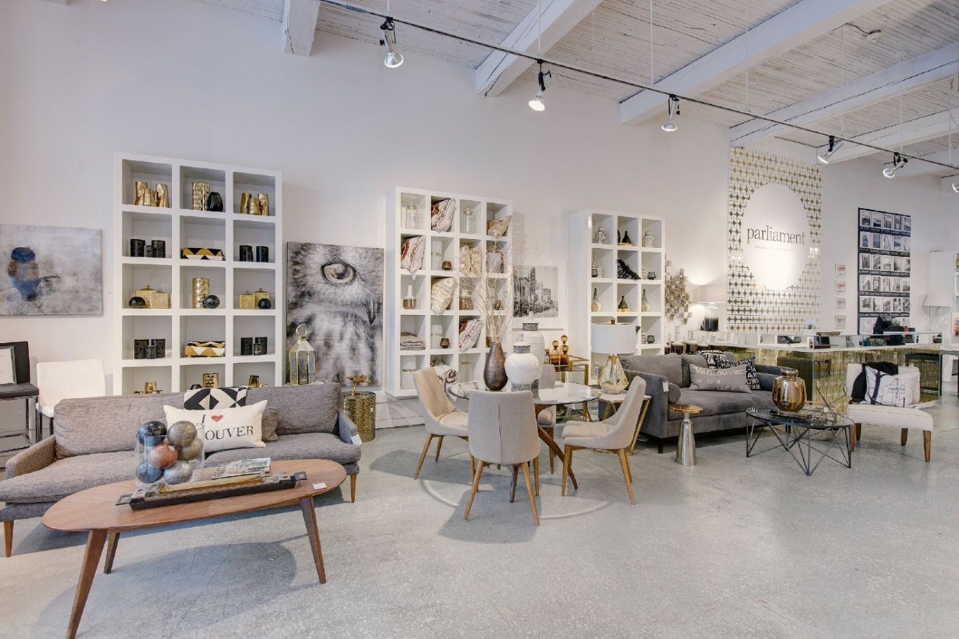 Where To Shop - The Best Luxury Showrooms In Vancouver ft luxury showroom Where To Shop – The Best Luxury Showrooms In Vancouver Where To Shop The Best Luxury Showrooms In Vancouver ft 1400x933