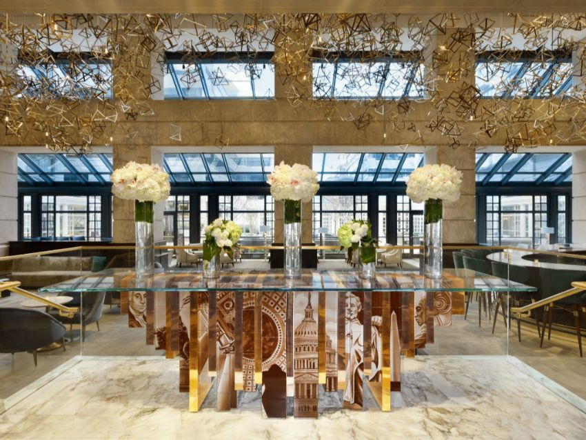Portuguese Hand-painted Tiles – A Ode to Craftsmanship craftsmanship Portuguese Hand-Painted Tiles – An Ode to Craftsmanship Learn With Interior Design Modern Dining Tables Inspired By History 8