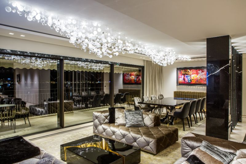 french apartment A French Apartment That Overlooks The Dazzling Port Of Cannes An Opulent French Apartment That Overlooks The Port Of Cannes 15