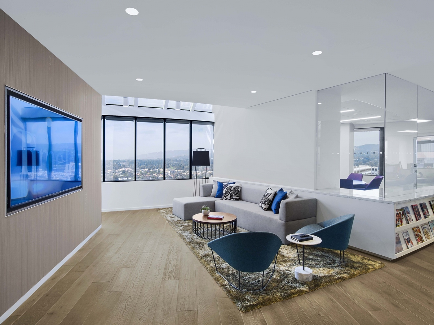 innovative design HLW – The Masters of Innovative Design meredit los angeles office 6 1 1400x1050