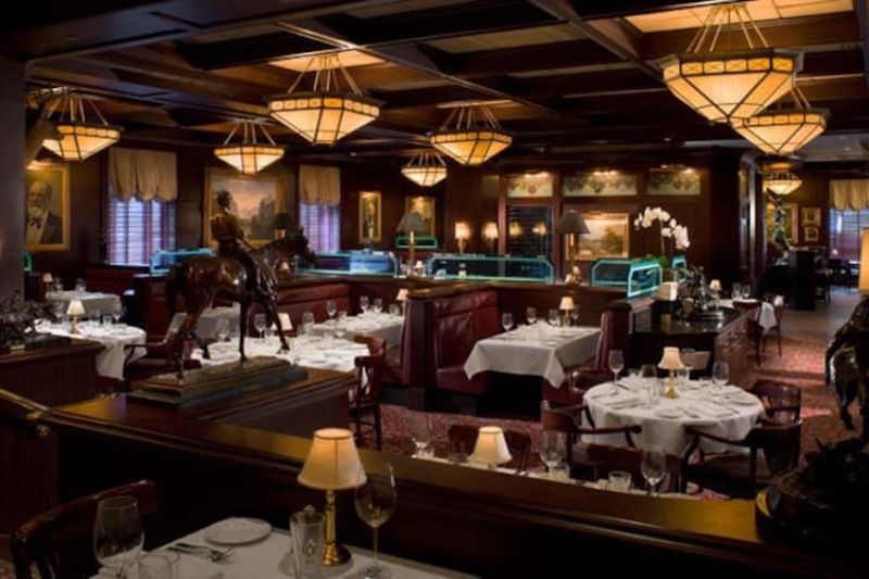 Luxury Restaurants In Houston - And Why You Should Go There luxury restaurant Luxury Restaurants In Houston, And Why You Should Go There the capital grille