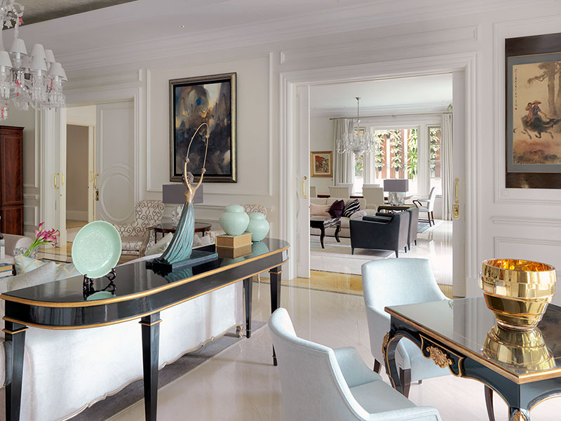 Unravel Vivianne Faye's Vibrant, Sophisticated And Glamorous Interior Design Projects