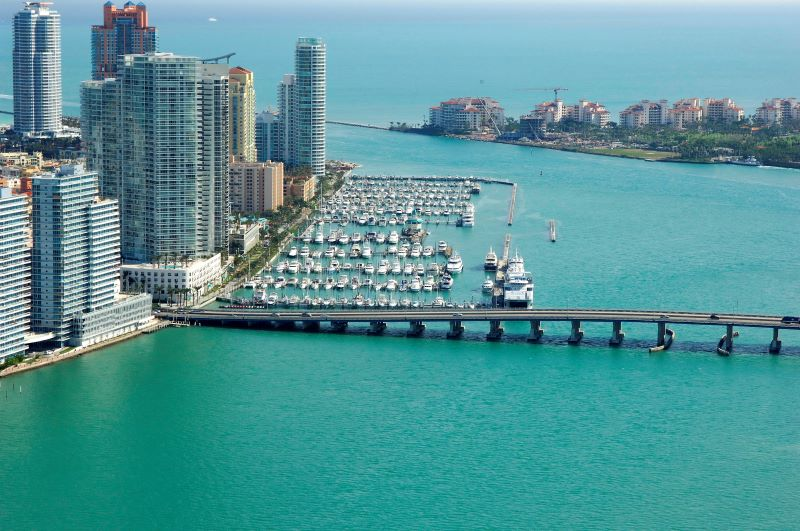 luxury yacht Luxury Yachts By The Sea – Where You Should Keep Your Yacht In Miami miami beach marina