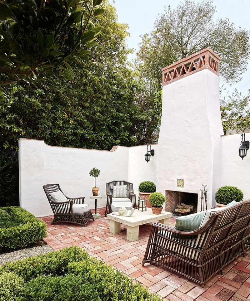 Madeline Stuart: Elegance Never Goes Out Of Style madeline stuart Madeline Stuart: Elegance Never Goes Out Of Style fireplace outdoor