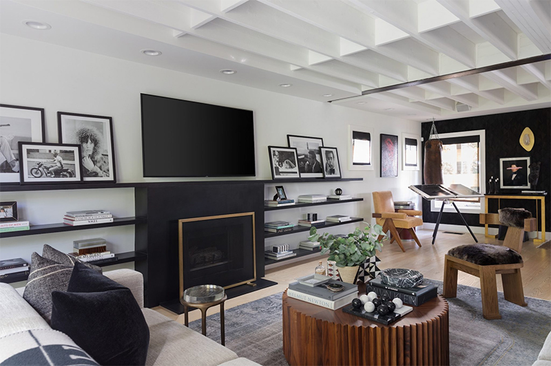 Ryan Saghian: The Coolest Tastemaker In L.A. ryan saghian Ryan Saghian: The Coolest Tastemaker In L.A. rs living room