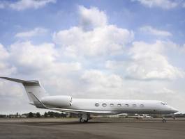 luxury private jets Luxury Private Jets by SheltonMindel℠ 1038 07A 4 1440x935 1 265x200