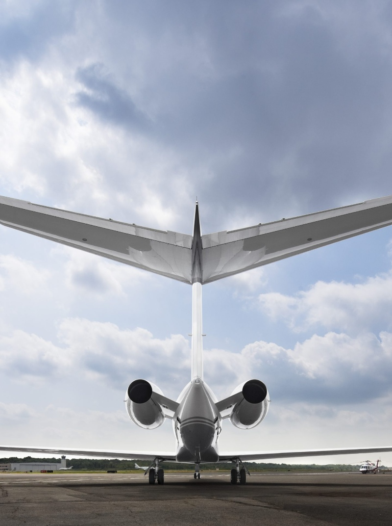 Luxury Private Jets by SheltonMindel℠ 1038 08A 1 1440x1929 1