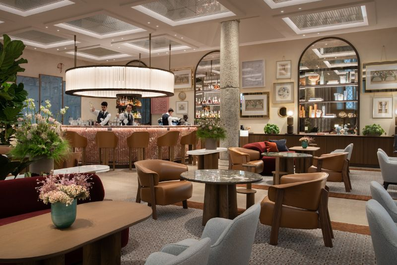 Four Seasons Hotel Milano Gets Revamped By Patricia Urquiola Four Seasons Hotel Milano Stila Lounge