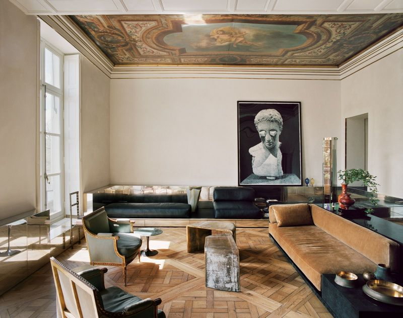Vincenzo De Cotiis Mixes Old And New In Luxury Paris Apartment Vincenzo De Cotiis Mixes Old And New In Luxury Paris Apartment 1