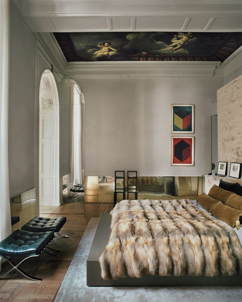 Vincenzo De Cotiis Mixes Old And New In Luxury Paris Apartment Vincenzo De Cotiis Mixes Old And New In Luxury Paris Apartment 4