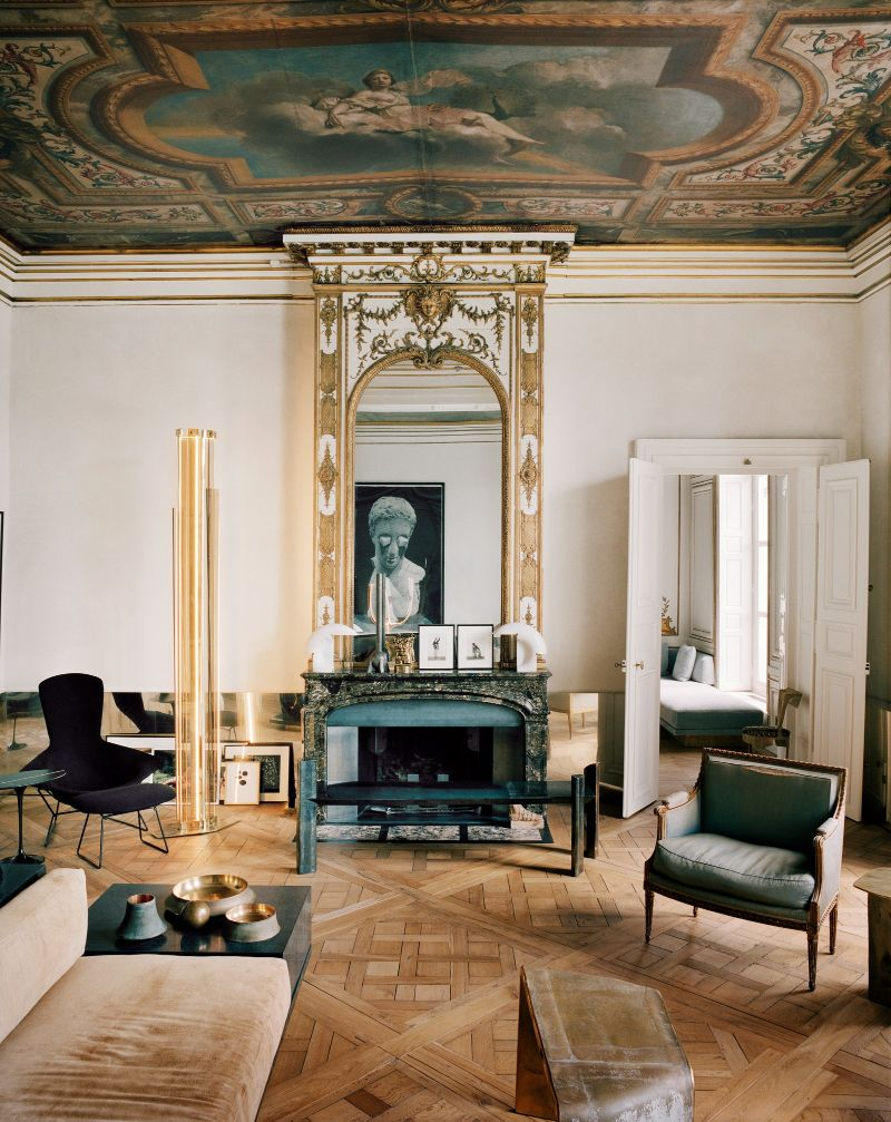 Vincenzo De Cotiis Mixes Old And New In Luxury Paris Apartment Vincenzo De Cotiis Mixes Old And New In Luxury Paris Apartment 9