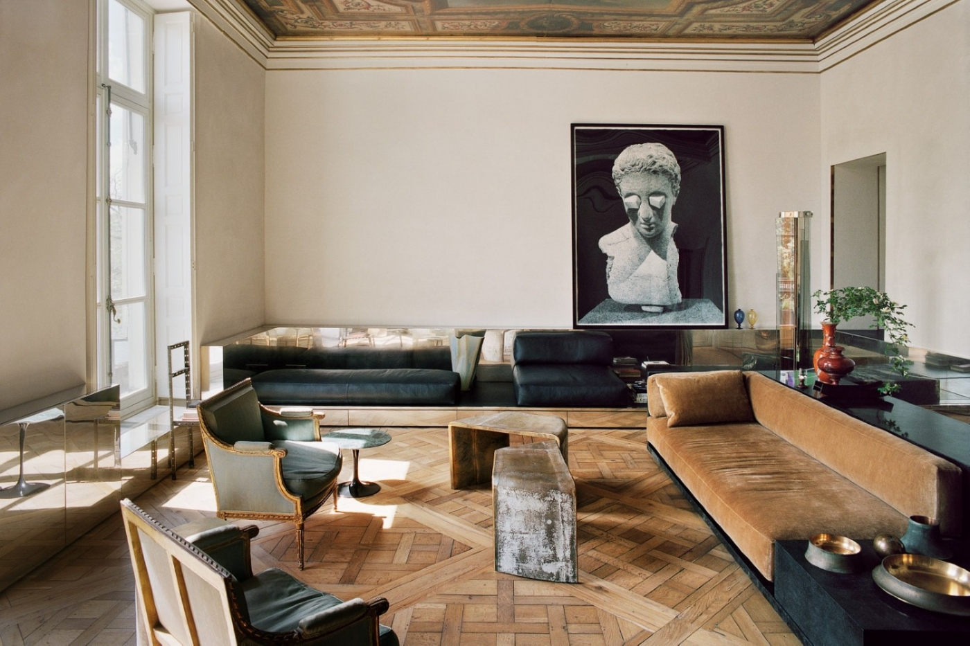 Vincenzo De Cotiis Mixes Old And New In Luxury Paris Apartment ft