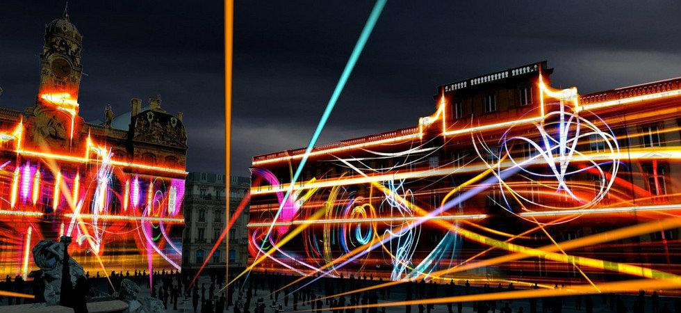 LONDON RECEIVES THE LUMIERE LIGHT ART FESTIVAL  LONDON RECEIVES THE LUMIERE LIGHT ART FESTIVAL feat2