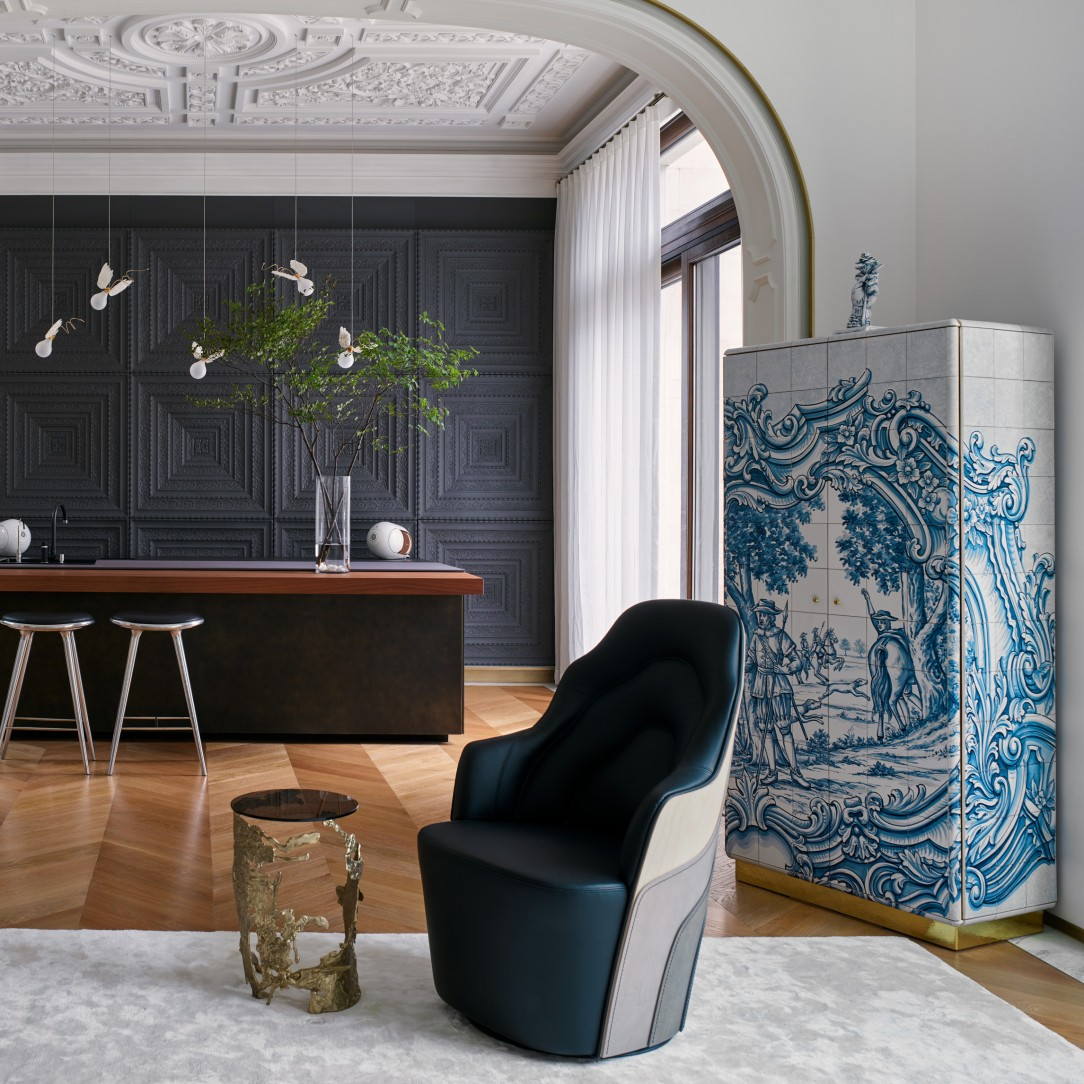 An Exclusive and Artistic Chinese Home